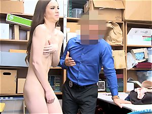 lean Tali Dova blows off the steam from insatiable mall cop