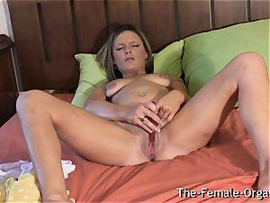 Filming Summer draining Her wet vulva nutting stiff