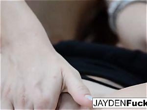 The Jaydens wake up for lezzie joy