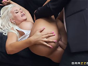 sexy light-haired Tommie Jo taking it deep in her cunny