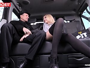 cab Driver finishes off several Times In uber-sexy Czech cooter