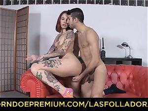 LAS FOLLADORAS - Silvia Ruby takes random boy for romp