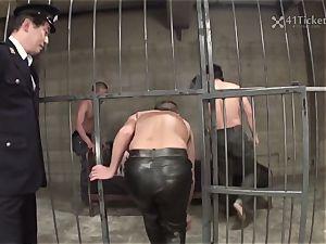 41Ticket - Miu Aizaki's prison box gangbang