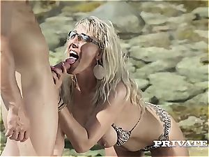 expert light-haired milf takes what she wants on the sunny beach