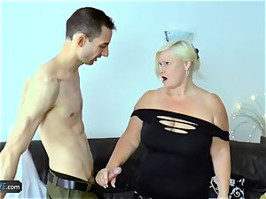 EuropeMaturE Milena Geting super-naughty During luxurious play