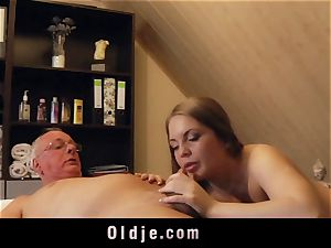 older man penetrates blondie masseuse blows a load in her gullet