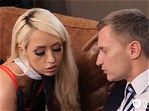 porn ACADEMIE - Christmas drill with Christina shine