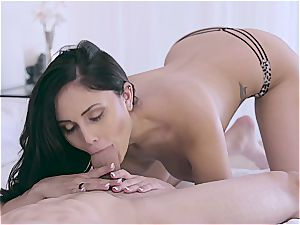 Nubilefilms sensual taunt leads to sultry plumb