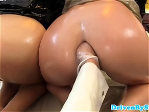 horny three lesbos fisting and pusslicking