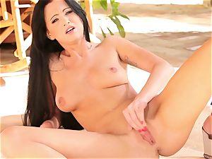 Rampant Chloe James tortures her pulsing nub poon