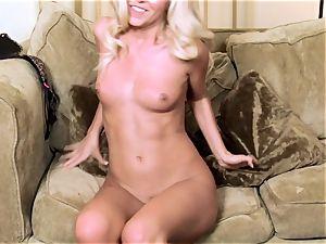 Aaliyah enjoy toying her taut puss on sofa