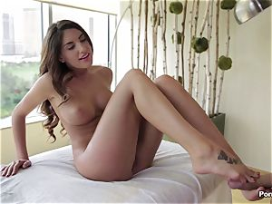 Oily session and inward rubdown for August Ames