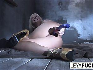 Leya Falcon inserts fucky-fucky toys in both her fuckholes