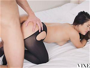 VIXEN Eva Lovia's most strenuous vignette