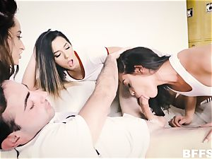 mitts on hook-up education class with super-hot cuties