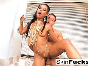 queen of the Damned jerks his manstick
