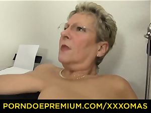 xxx OMAS - phat titted mature blonde has office fuck-fest