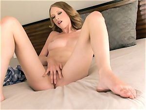 Anya Amsel playing her poon booty naked