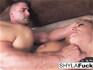 Shyla's firm ass fucking pound and a facial cumshot