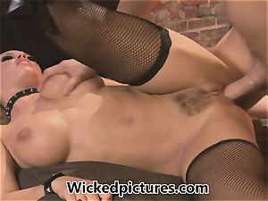 mistress Nicole Aniston controls her stud
