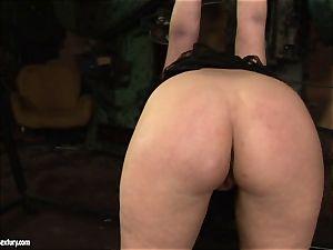 Kathia Nobili faux-cock shag the rump of her acquaintance