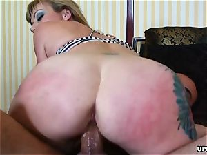 wood sucker Adrianna Nicole got a gonzo anal