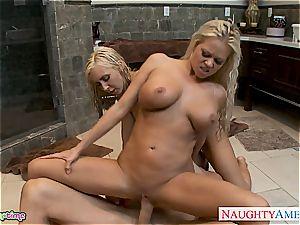 super-steamy ash-blonde Nikita Von James gets muff humped in 3some