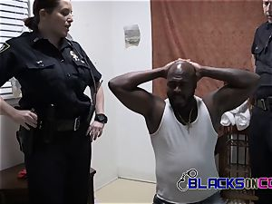 Suspect is forced into fucking cougar cops vaginas deep and hard