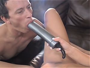 Sammie Spades plows her stud with a strap on