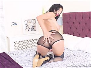 big-titted stunner unclothes off wanks in pumps retro nylons