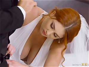 gorgeous red-haired Lennox Luxe boinked in her wedding sundress