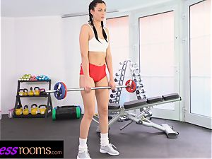fitness apartments Face sitting muff tonguing youthful Czech
