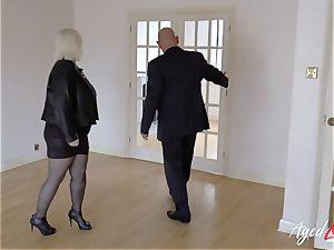 AgedLovE Mature female Lacey Starr throating rock hard manhood