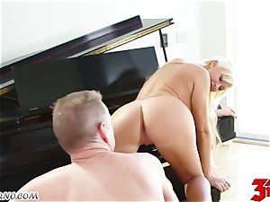 insatiable big-chested bodacious German girl ready for hard humped