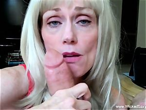 two knobs For fledgling GILF mom