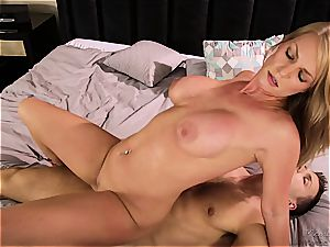 Stepson can't lurk swelling from his huge-titted milf stepmom