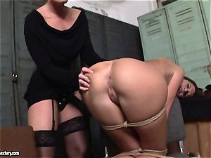 Kathia Nobili lets a scorching lady inhale her cord on