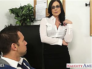 brown-haired educator Kendra lust gets facialized