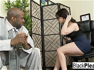 Jennifer receives an multiracial internal ejaculation