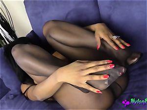 ebony honey loves to play With Her vagina a plenty of