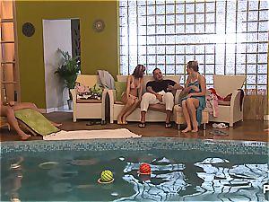 crazy pool soiree part trio